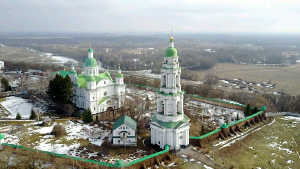 opt-901552.ssl.1c-bitrix-cdn.ru/images/objects/monasteries/52/16.jpg